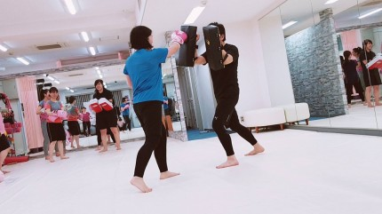 Beauty-Kick-82