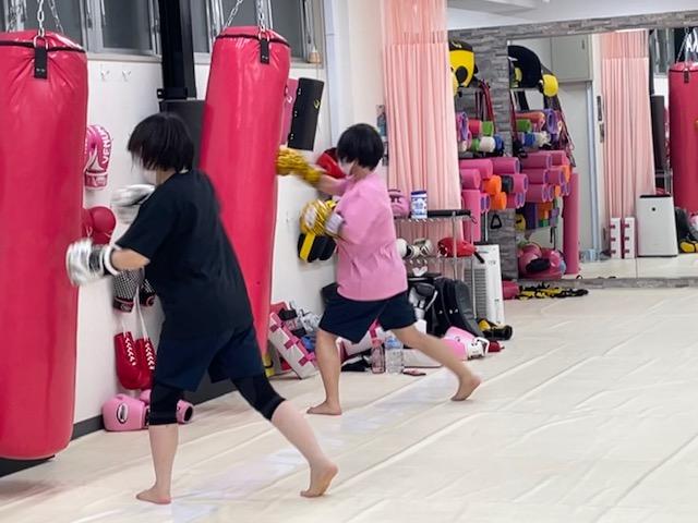 女性キックボクシングジム ビューティーキックス Beauty Kick X