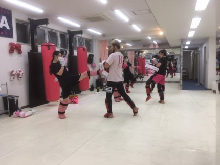 上野 女性 キックボクシングジム フィットネス Beauty Kick X ビューティーキックス