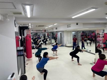 女性専用キックボクシングジム Beauty Kick X ビューティーキックス ボディメイククラス